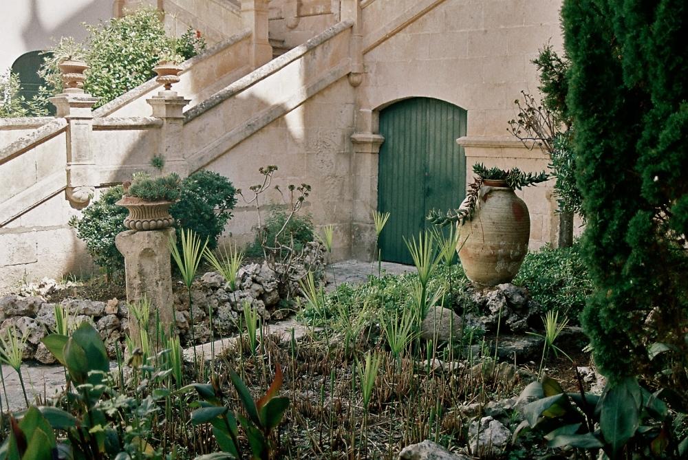 Menorcan courtyard